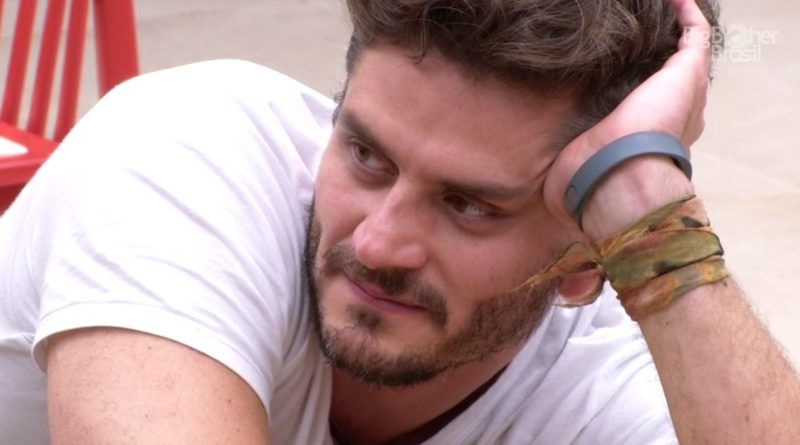 Marcos Harter está namorando Danny Pink? Internautas acreditam que sim