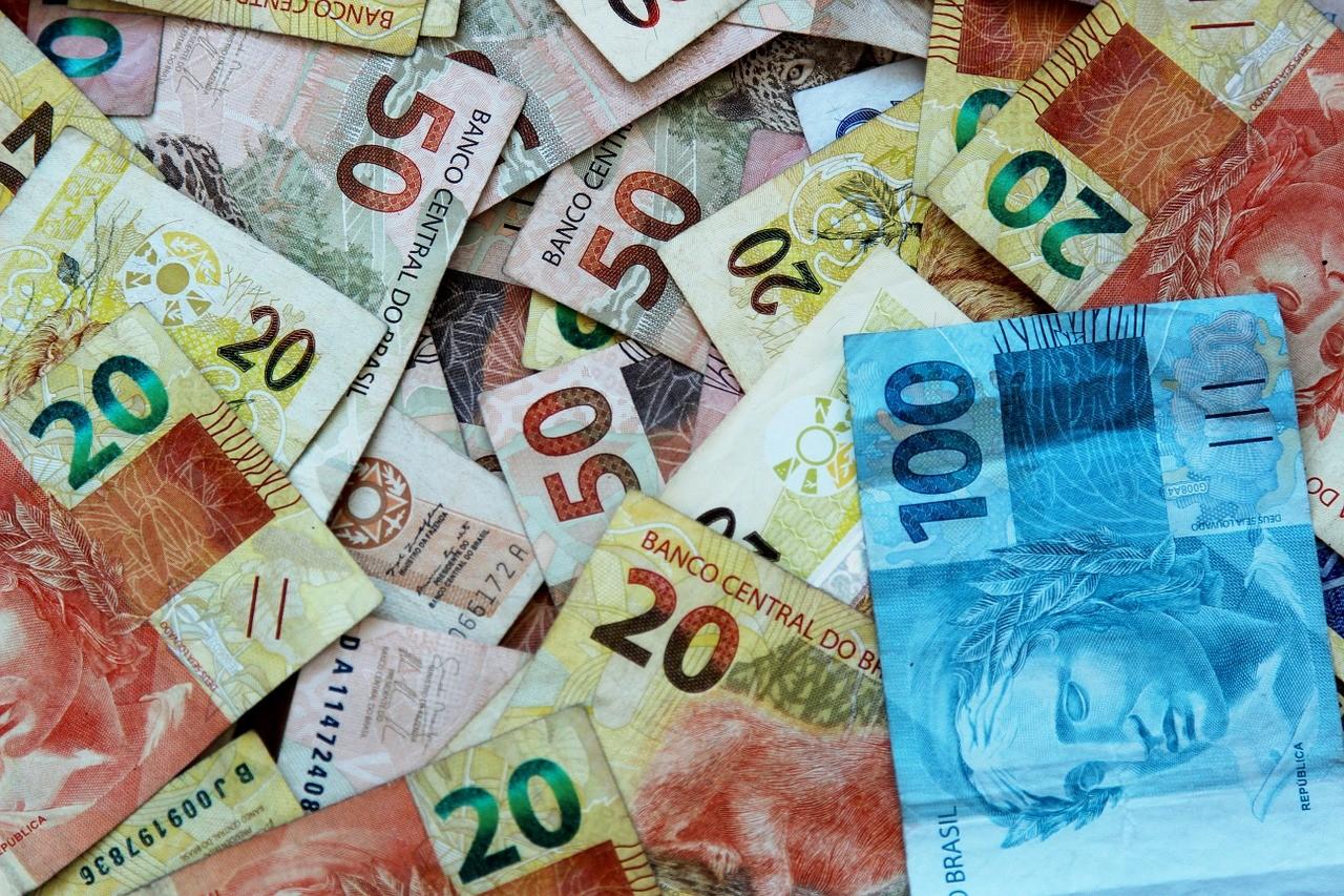 Receita Federal abre consulta da restituição do IR 2016