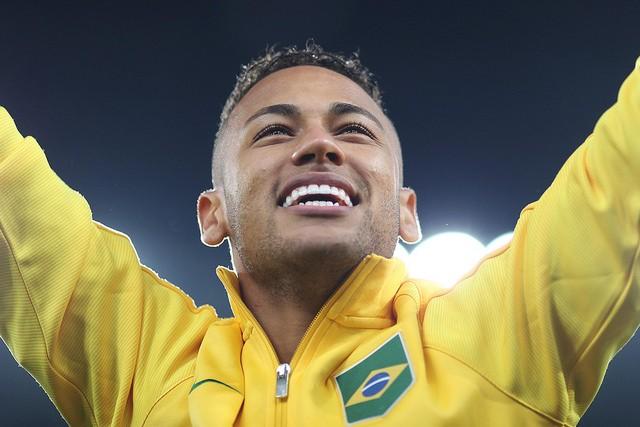 Neymar quer arranjar noiva