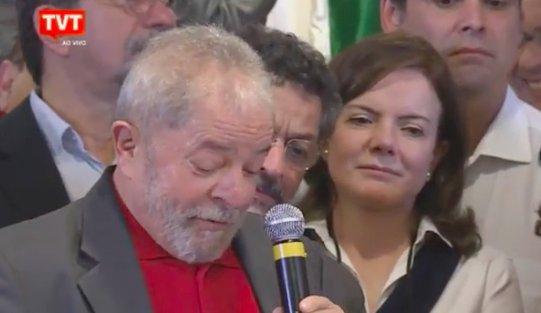 Lula diz que Moro 'cumpre um papel importante na história'