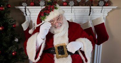 Papai Noel dos Correios: veja como adotar uma cartinha