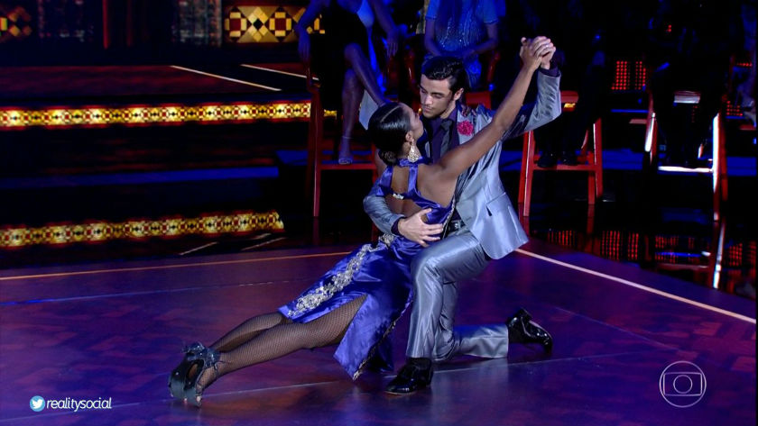 Participantes da Dança dos Famosos ensaiam duas horas por dia para estreia