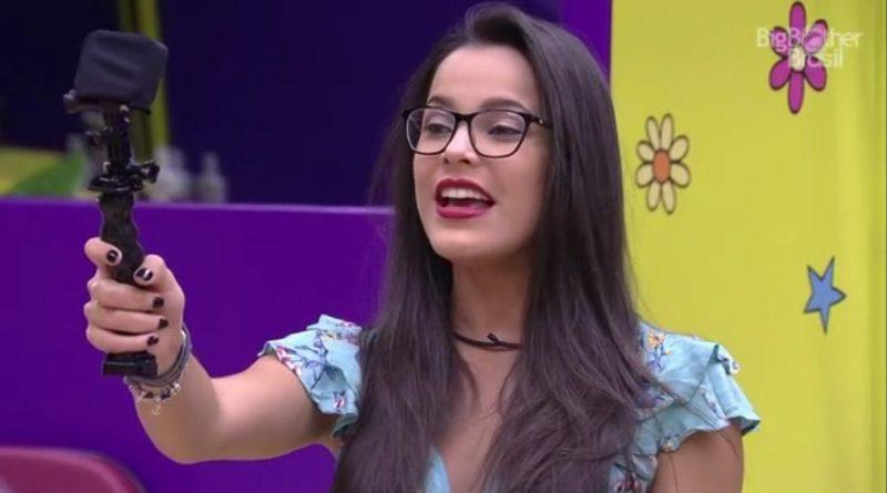 'Emilly não está namorando e nem ficando com ninguém', diz irmã da ex-BBB