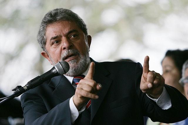 Lula manda recado a Temer