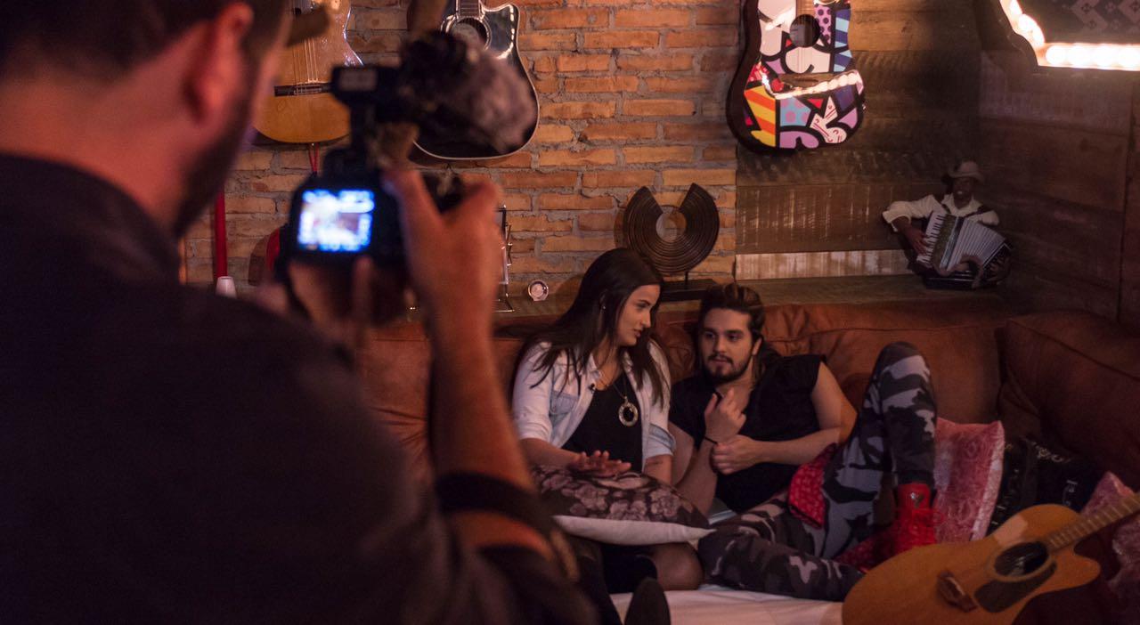 Foto 1: Mari Palma passa um dia com Luan Santana e mostra tudo em 360 graus. Crédito: Globo/ Mari Palma