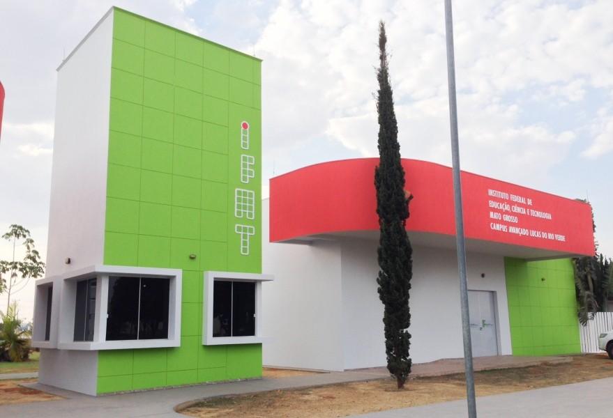 Por Prefeitura de Lucas do Rio Verde - Site da Prefeitura de Lucas do Rio Verde, CC BY-SA 4.0, https://commons.wikimedia.org/w/index.php?curid=49943030