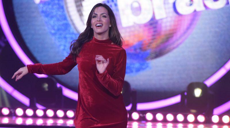 Carla Prata, ex-professora do Dança dos Famosos, diz que para trabalhar no Faustão não precisa ser dançaria profissional