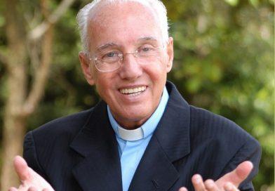 Canção Nova realiza 'Cenáculo' com presença de padre Adriano Zandoná e Monsenhor Jonas Abib