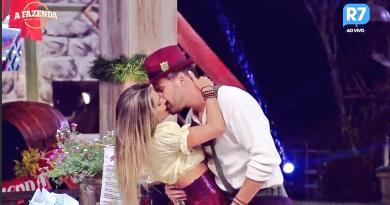 A Fazenda 9: Flávia e Marcelo, casal Flacelo, se beija e dorme de conchinha; veja vídeos