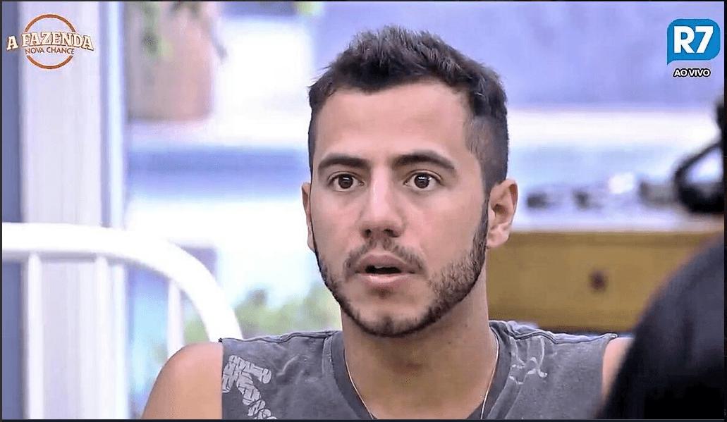Dinei, Yuri e Matheus detonam Marcos Harter: 'Quer aparecer'