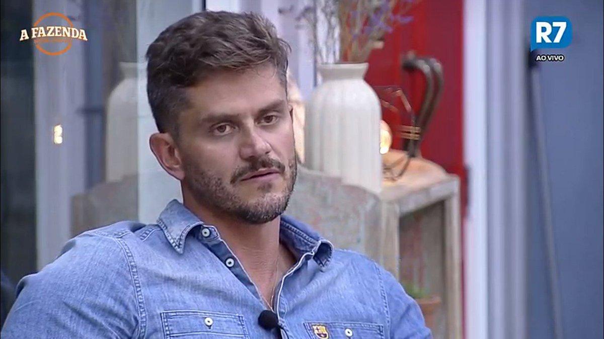 Marcos ganha prova do fazendeiro e A Fazenda lidera em audiência mais uma vez
