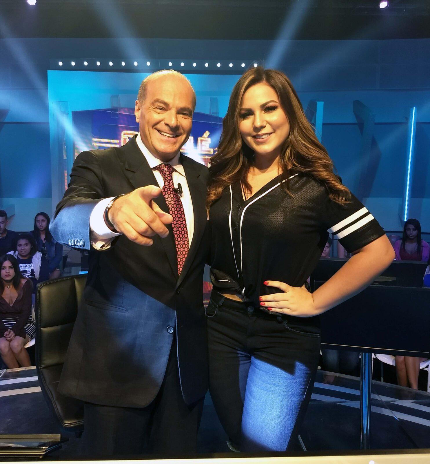 """Em 'O Céu é o Limite', ex-BBB Maria Claudia confessa: """"Está faltando uma pessoa especial"""" (Crédito/Fotos: Divulgação/RedeTV!)"""