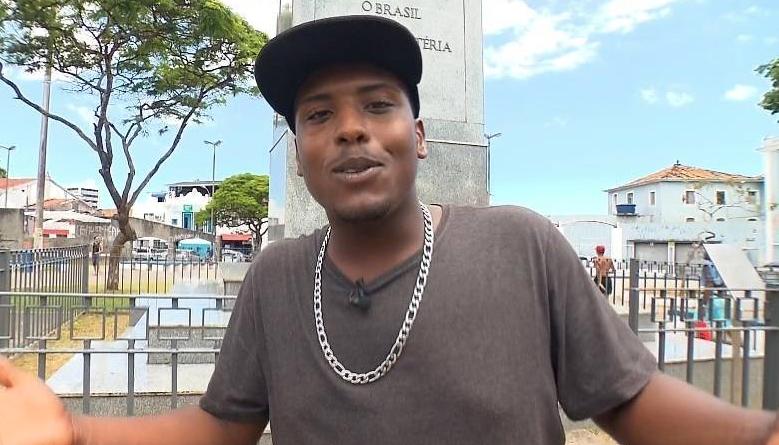 MC Beijinho está na retrospectiva do Câmera Record (Crédito da foto: reprodução/ Record TV)