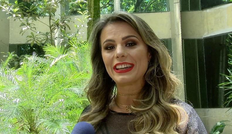 """""""Aceito a decisão da escola, mas me sinto injustiçada"""", diz Renatta Teruel após ser afastada pela Gaviões da Fiel"""