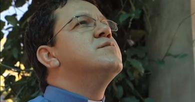 Padre Paulinho, da Canção Nova, é envenenado e vai para a UTI