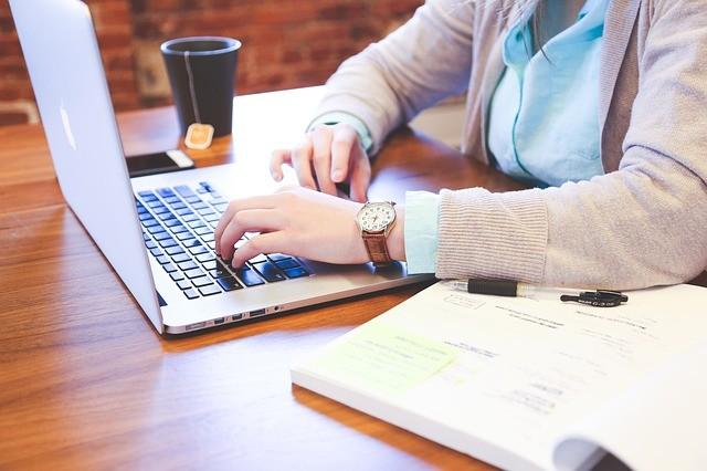 SeInclui: curso online gratuito na área da educação recebe inscrições