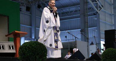 Padre Marcelo Rossi celebra missa em evento na Canção Nova (Foto/divulgação Canção Nova)