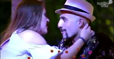 BBB 2018: Kaysar e Patrícia se beijam