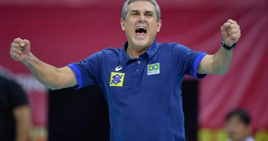 José Roberto Guimarães espera o apoio da torcida (Divulgação/FIVB)