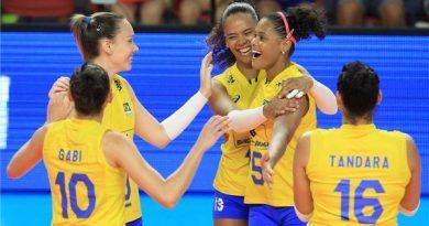 Brasil durante a fase de classificação (Divulgação/FIVB)