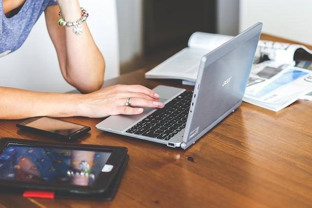 Quer ganhar dinheiro escrevendo? Confira cinco cursos para ser redator