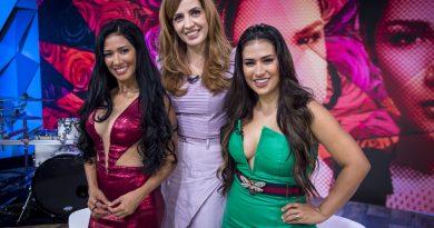 Poliana Abritta recebe Simaria e Simone no palco do Fantástico. Crédito: Globo/ João Cotta