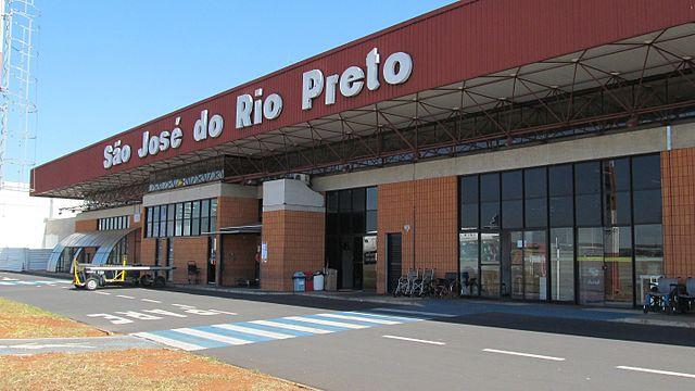 São José do Rio Preto abre 520 vagas na educação com salários de até R$ 5.264,68