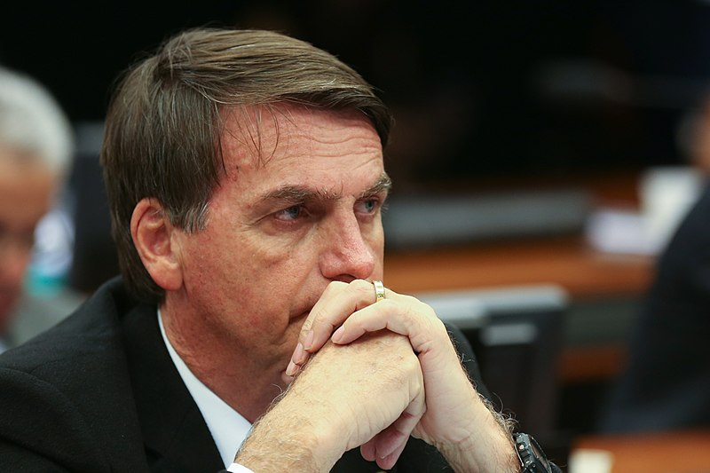 STF adia decisão sobre denúncia contra Bolsonaro por racismo