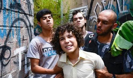 João é sequestrado pelos capangas/ 02 –Marcelo é afastado da escola/ Crédito das fotos: Lourival Ribeiro/SBT