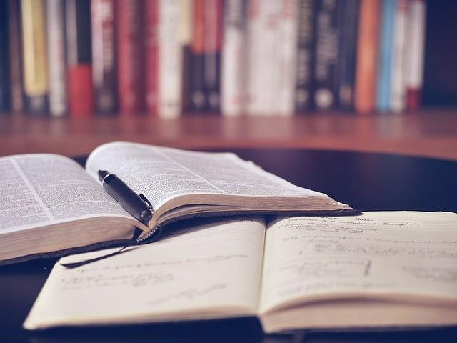 Vagas de emprego para professores e bibliotecários em Registro - SP