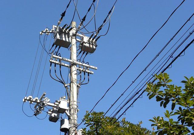 PM prende cinco homens furtando fios de energia em Ilha Comprida - SP