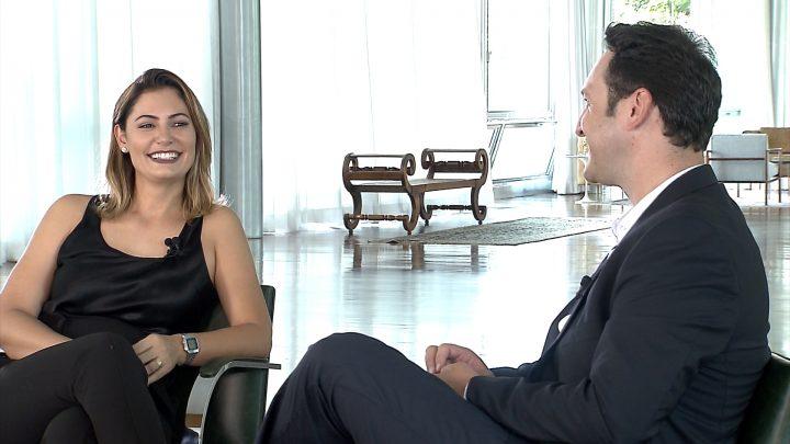 Domingo Espetacular entrevista de Michelle Bolsonaro