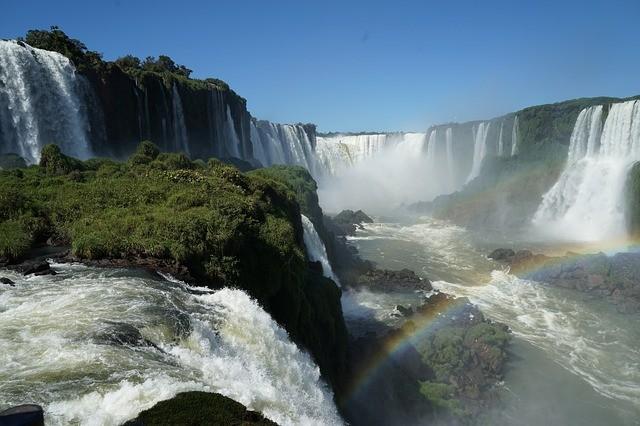 UAB abre inscrições para especialização gratuita no Paraná