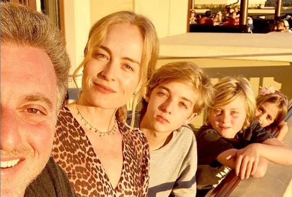 Luciano Huck, Angélica e filhos Foto/reprodução https://www.instagram.com/p/Bwijc0rgvdM