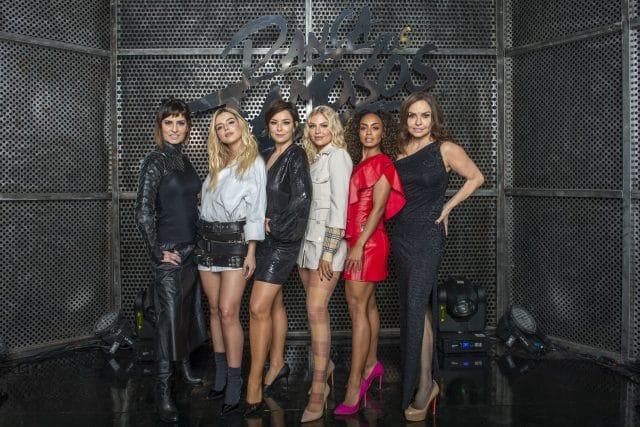 Time feminino: Fernanda Abreu, Giovanna Lancellotti, Regiane Alves, Luísa Sonza, Dandara Mariana e Luíza Tomé