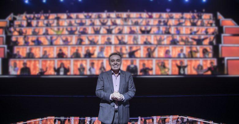 Gugu no cenário do pgm Crédito da imagem: Edu Moraes/Record TV