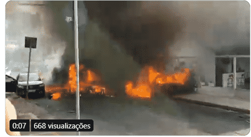 Avião caiu sobre carros em Belo Horizonte; veja vídeo
