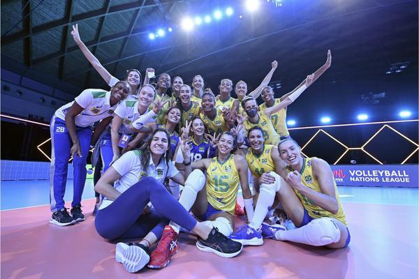 Brasil x EUA: horário e como assistir ao jogo de vôlei ...